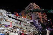 شمار قربانیان زلزله «ازمیر» به ۲۴ نفر رسید/ زخمی شدن حدود ۸۰۰ نفر