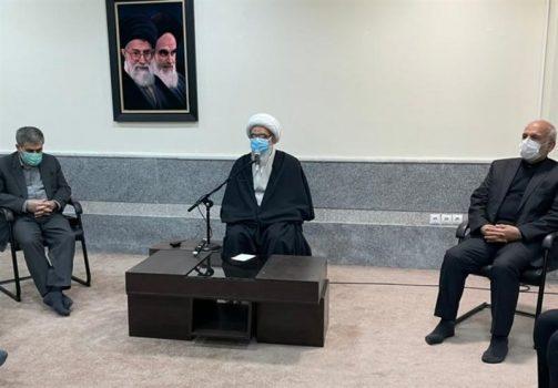 امام جمعه بوشهر: سند چشمانداز توسعه ۱۴۲۰ استان بوشهر تهیه شده است