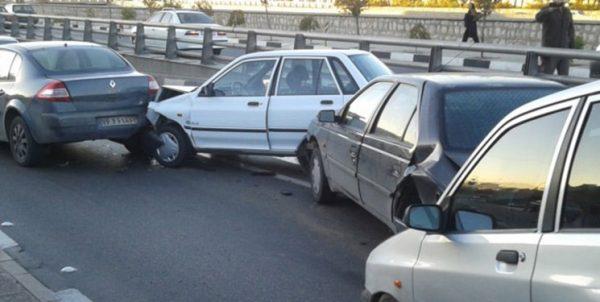 هنگام تصادفات خسارتی چه باید کرد؟